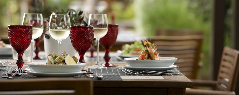 Sheraton Pine Cliffs Restaurants